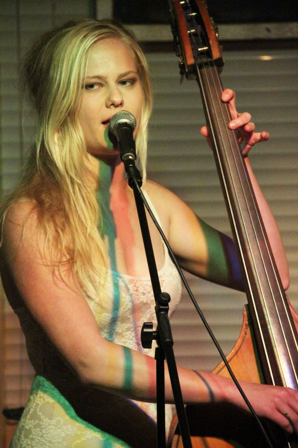 Laura and the bass